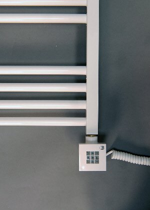 Handtuchheizkörper, elektro, elektrisch, weiß gerade 1140h x 600b,  Handtuchhalter, Handtuchheizung