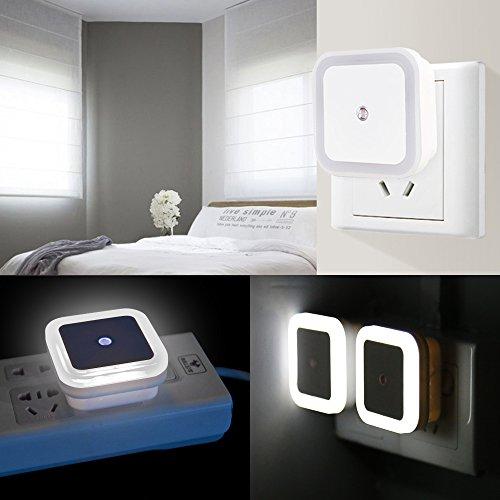 led nacht licht lampe mit smart auto on off sensor set von 4 dland 0 5w plug in led wand nacht. Black Bedroom Furniture Sets. Home Design Ideas